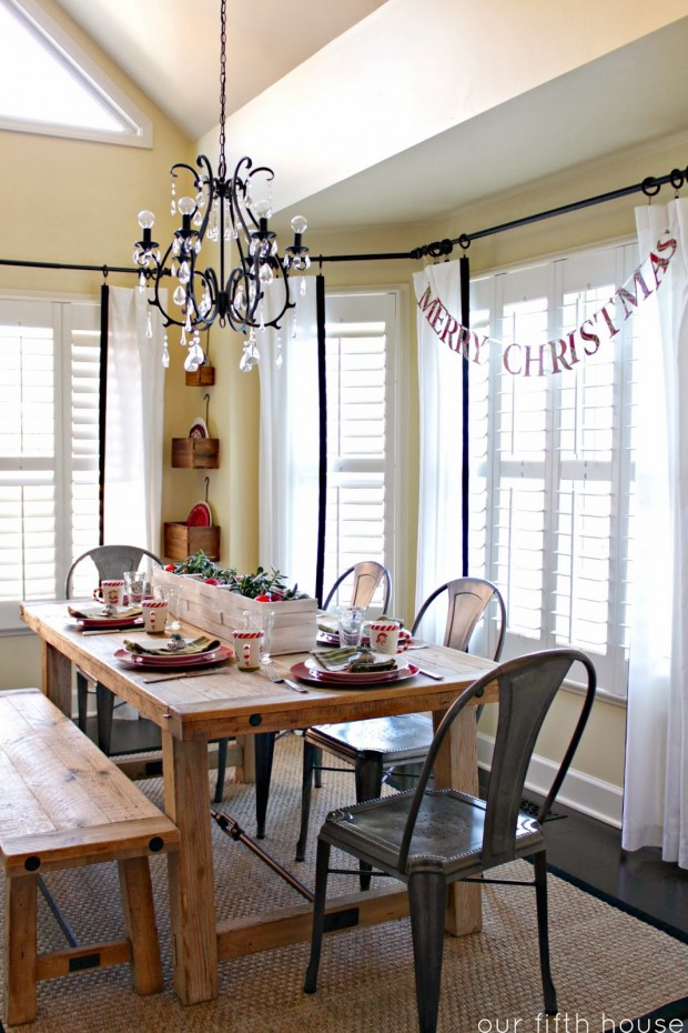 How to Decorate Your Dining Table For Christmas 20 Stunning Ideas (4)