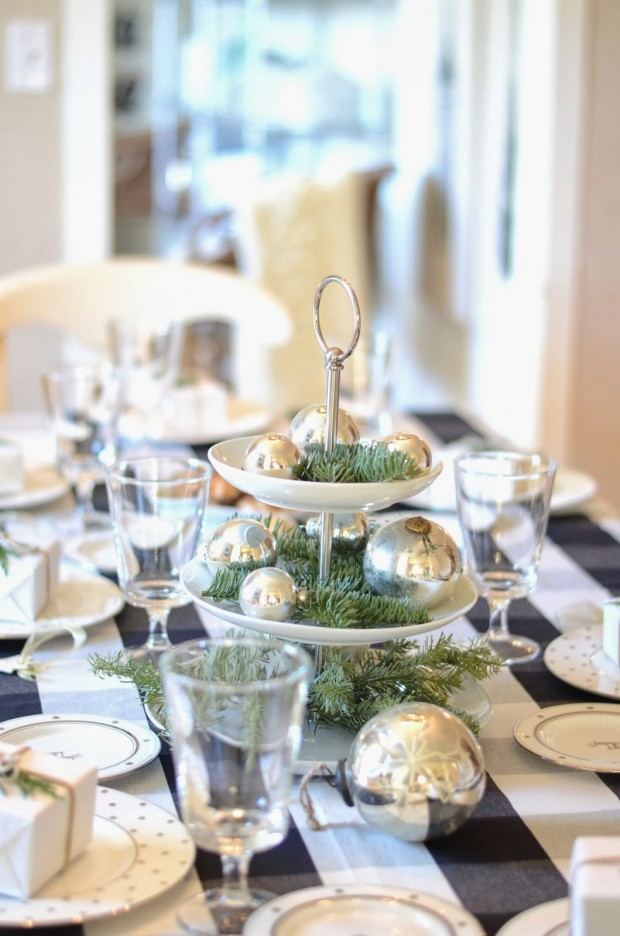 How to Decorate Your Dining Table For Christmas 20 Stunning Ideas (9)