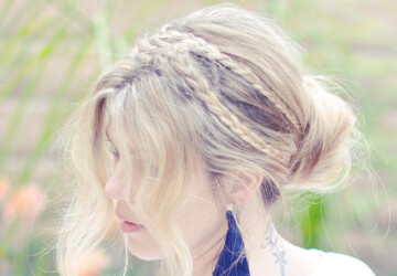 17 Romantic Hairstyle Ideas and Tutorials - valentine's day hairstyles, romantic hairstyles, Hairstyles, hairstyle tutorials, hairstyle ideas