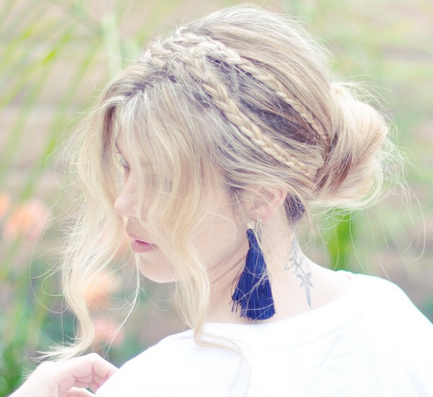 17 Romantic Hairstyle Ideas and Tutorials  (3)