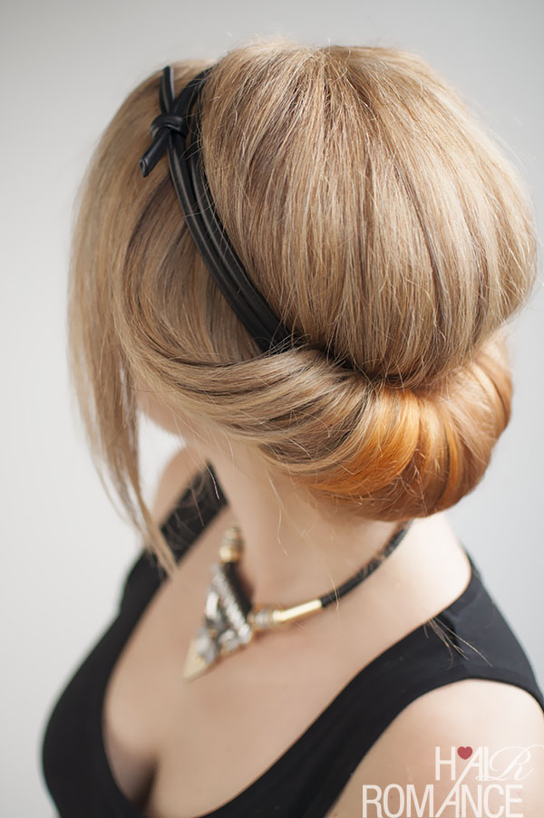 17 Romantic Hairstyle Ideas and Tutorials  (9)