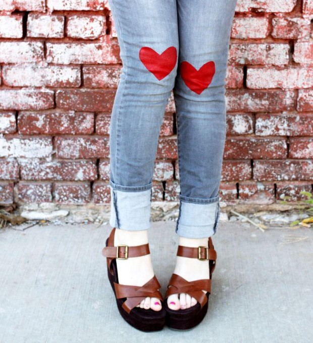 18 Adorable DIY Clothes and Accessories Projects for Valentine's Day (2)