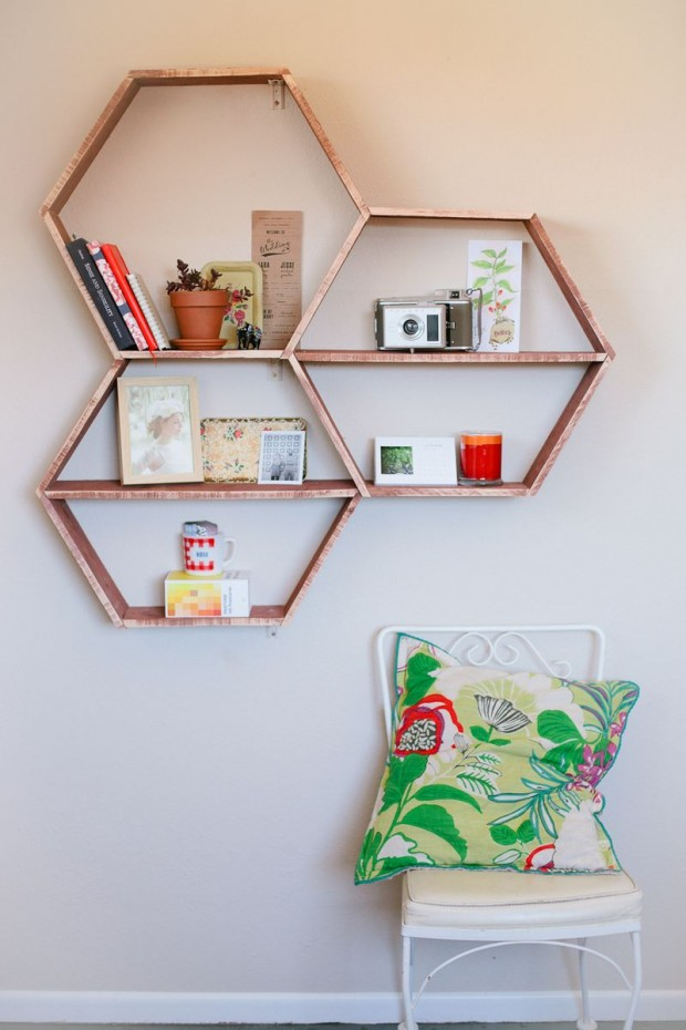 18 Interesting and Useful DIY Shelves for Your Home (1)