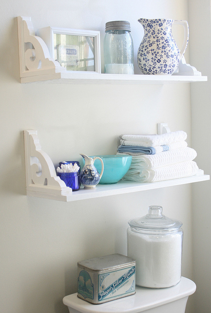 18 Interesting and Useful DIY Shelves for Your Home (4)