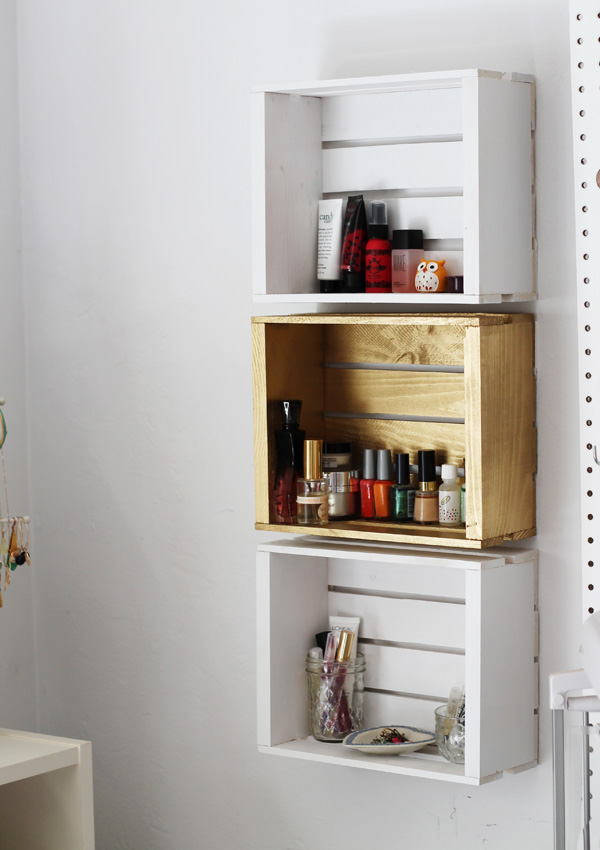 18 Interesting and Useful DIY Shelves for Your Home (7)