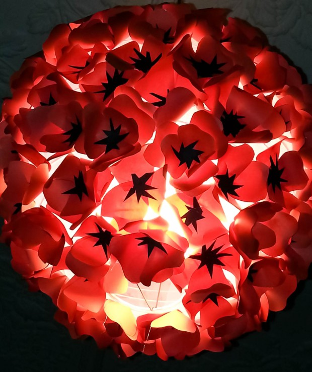 18 Outstandingly Creative Handmade Paper Lampshades (9)