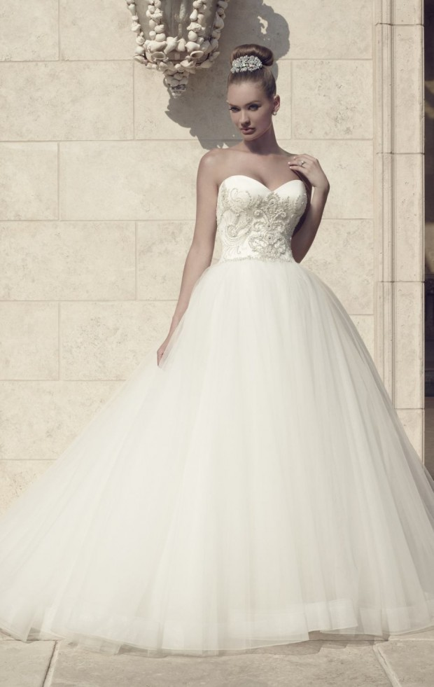 20 Beautiful Ball Gown Wedding Dresses for Glamorous Brides (1)