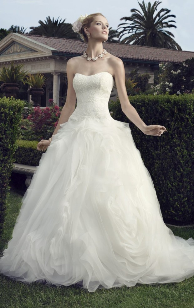 20 Beautiful Ball Gown Wedding Dresses for Glamorous Brides (2)