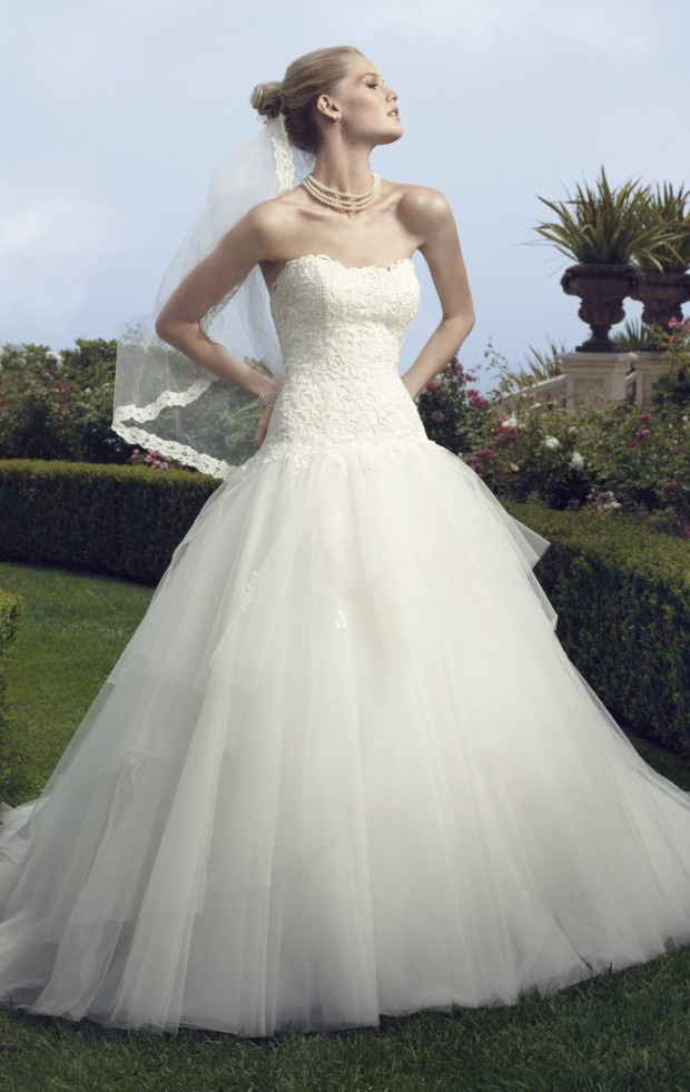 20 Beautiful Ball Gown Wedding Dresses for Glamorous Brides (5)