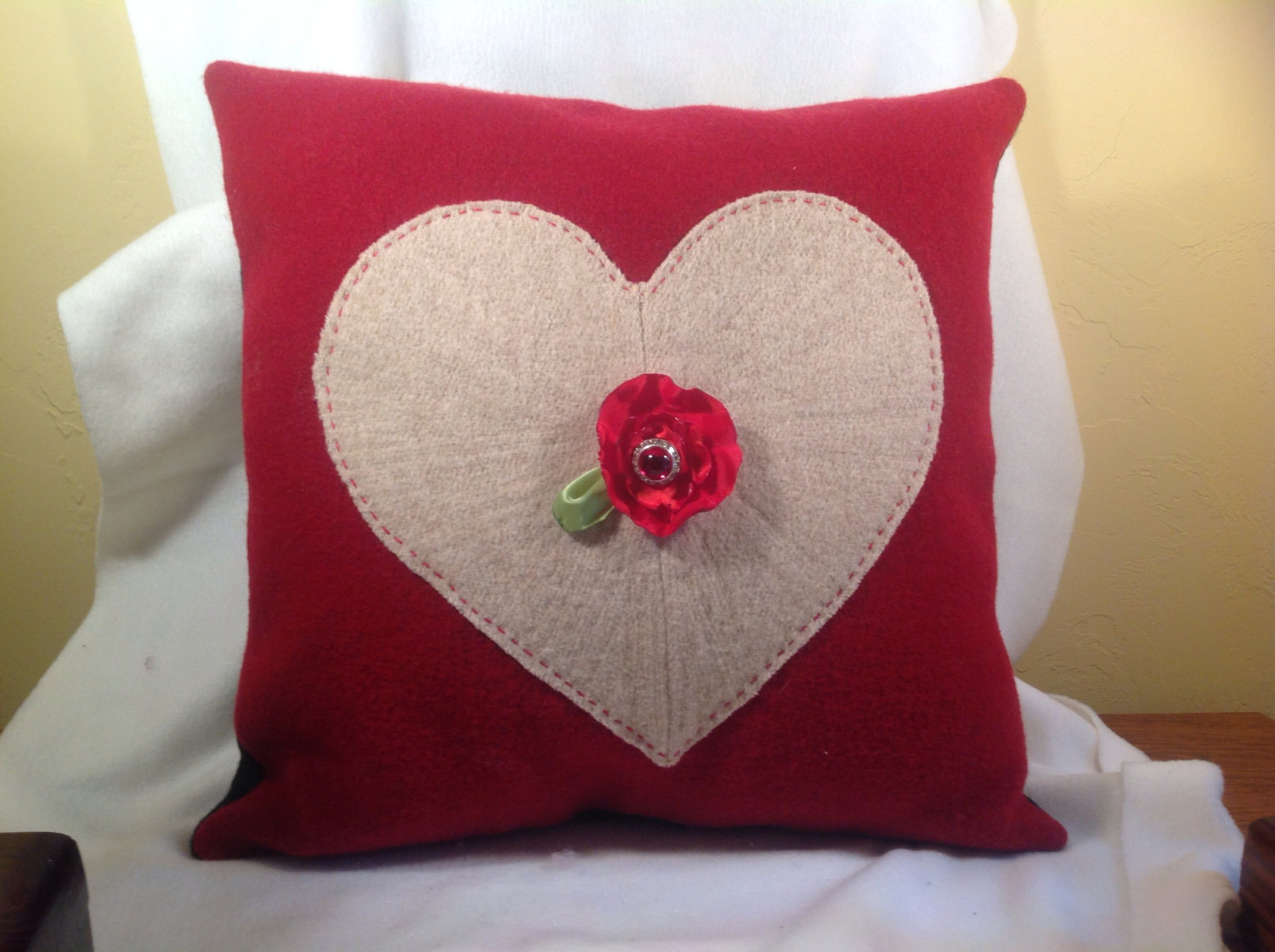 20 Charming Handmade Valentine S Day Pillow Designs