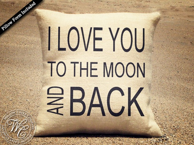 20 Charming Handmade Valentines Day Pillow Designs