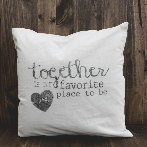 20 Charming Handmade Valentine's Day Pillow Designs (19)