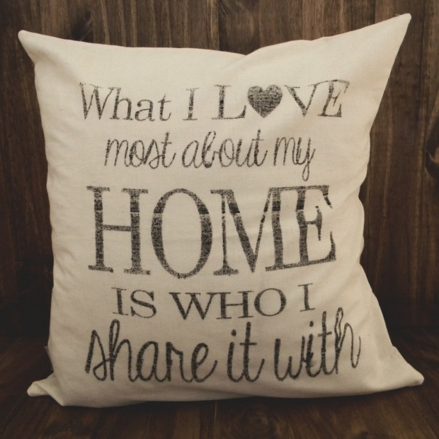 20 Charming Handmade Valentine's Day Pillow Designs (3)