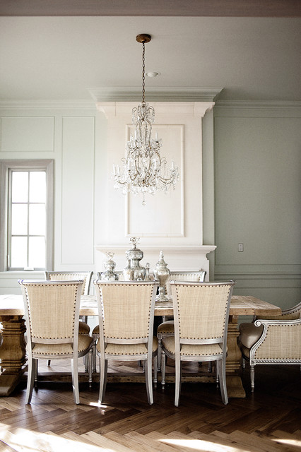 20 Luxury Dining Rooms in Traditional Style (10)