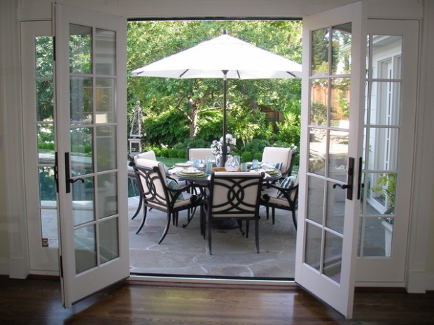 18 Outdoor Breakfast Nook Ideas for Bright and Beautiful ... on Backyard Nook Ideas id=88494