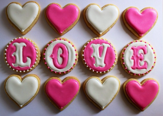 21 Delicious Valentine's Cookie Recipes (21)