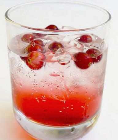23 Romantic Cocktails for Valentine's Day  (19)