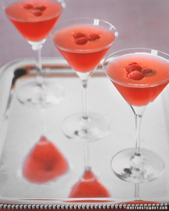23 Romantic Cocktails for Valentine's Day  (7)