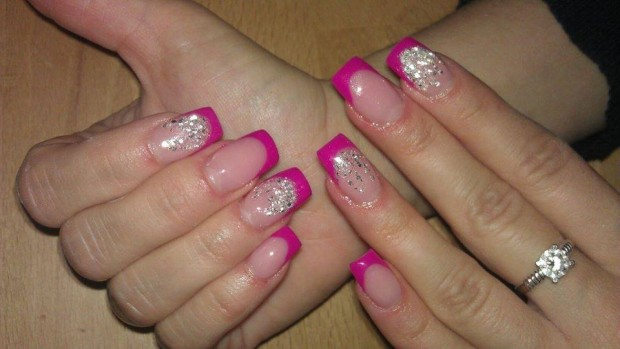 25 Beautiful Nail Design Ideas for You  (15)