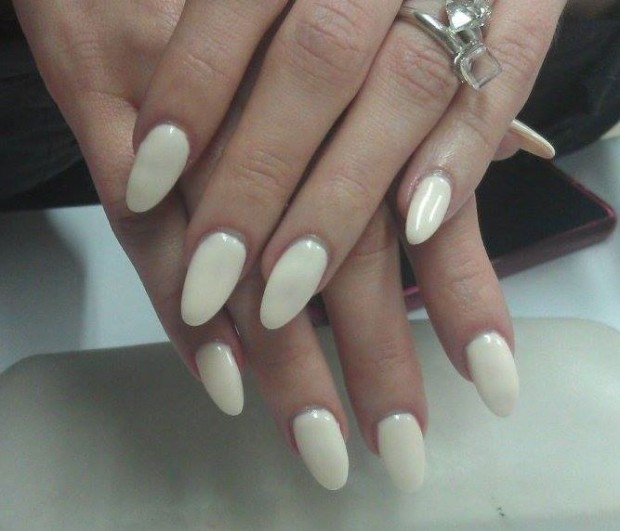 25 Beautiful Nail Design Ideas for You  (16)