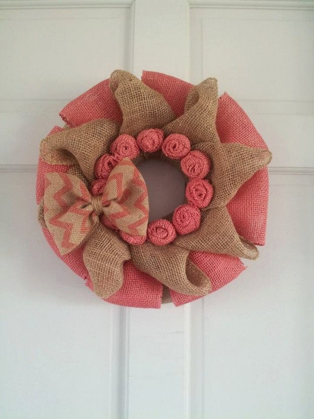 25 Outstandingly Cute Handmade Valentine's Wreath Designs (12)