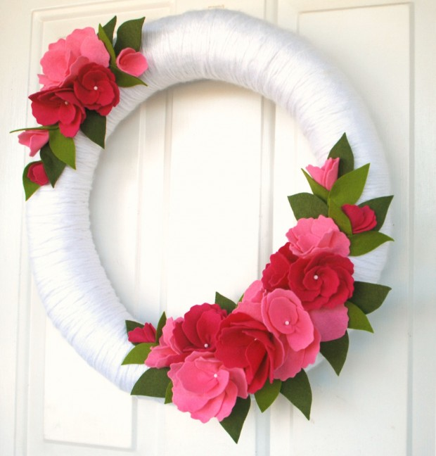 25 Outstandingly Cute Handmade Valentines Wreath Designs