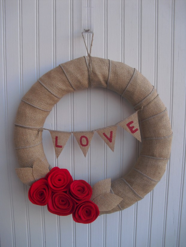 25 Outstandingly Cute Handmade Valentine's Wreath Designs (6)