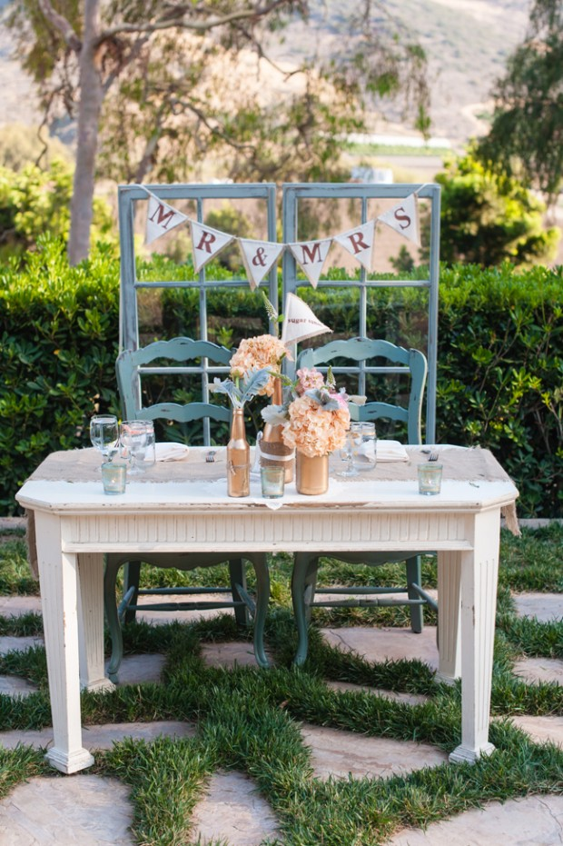25 beautiful and romantic garden wedding ideas style - Deco table exterieur ...