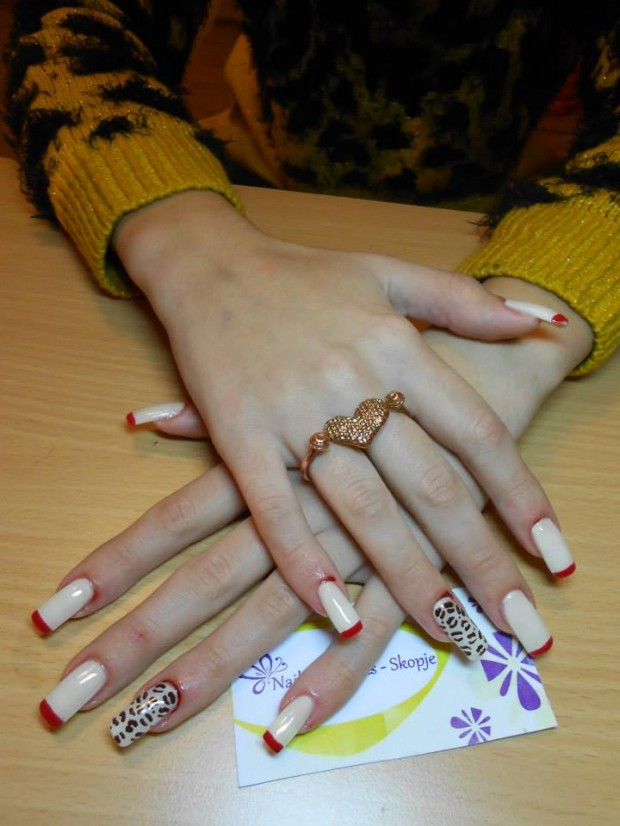 32 Simple and Elegant Nail Design Ideas   (2)