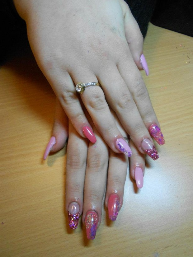 32 Simple and Elegant Nail Design Ideas   (20)