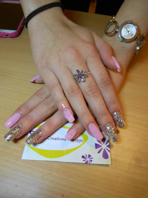 32 Simple and Elegant Nail Design Ideas   (24)