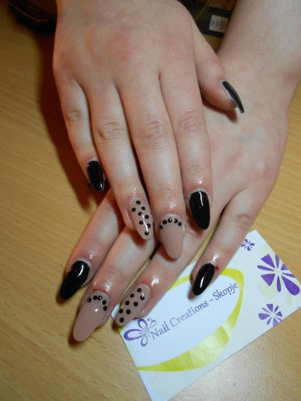 32 Simple and Elegant Nail Design Ideas   (25)