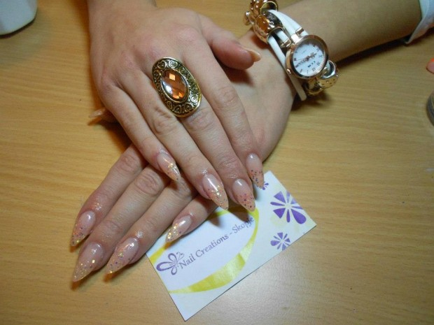 32 Simple and Elegant Nail Design Ideas   (3)