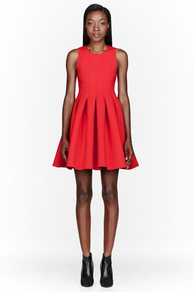 15 Gorgeous Red Dresses for Valentine's Day