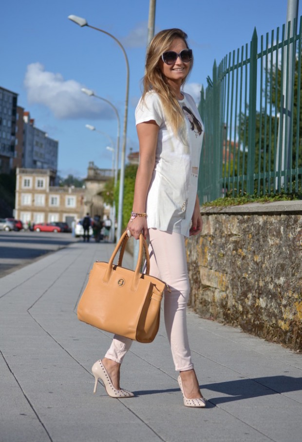 21 Stylish Outfit Ideas with Colored Jeans