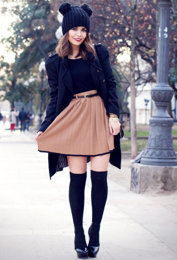 f63859e38 How to Wear Knee High Socks  19 Stylish Outfit Ideas - Style Motivation