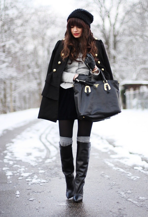 How to Wear Knee High Socks 19 Stylish Outfit Ideas (10)