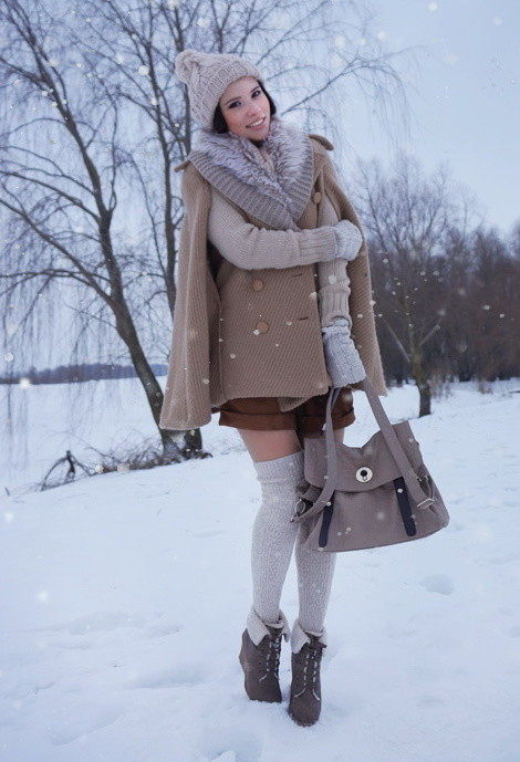 How to Wear Knee High Socks 19 Stylish Outfit Ideas (8)