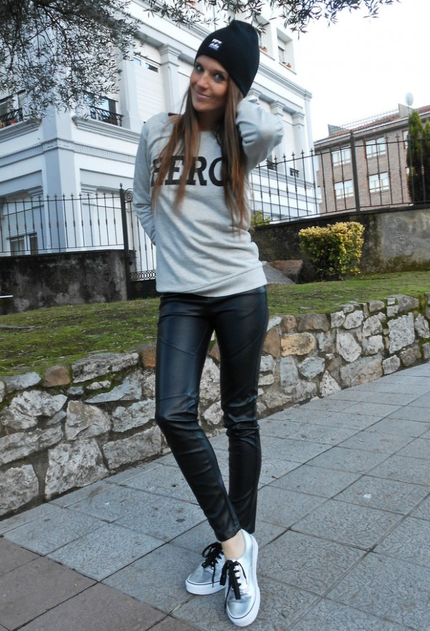 Leather Pants and Leggings for Trendy Outfit