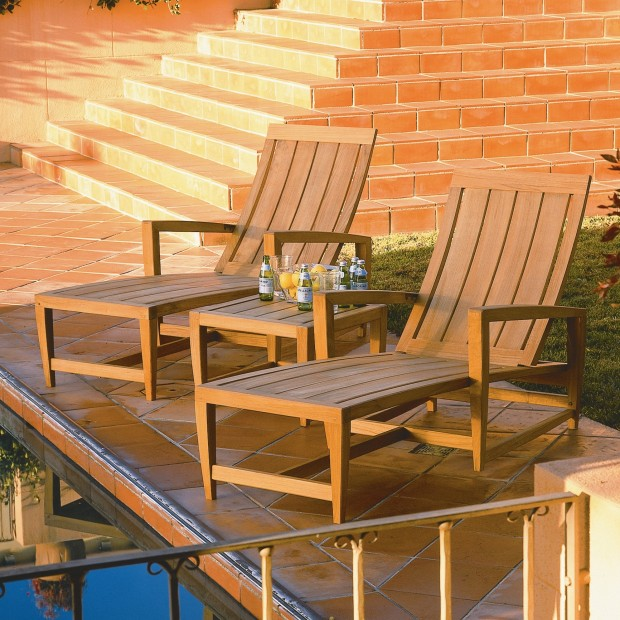 16 Relaxing Patio Conversation Set Designs for Spring (12)