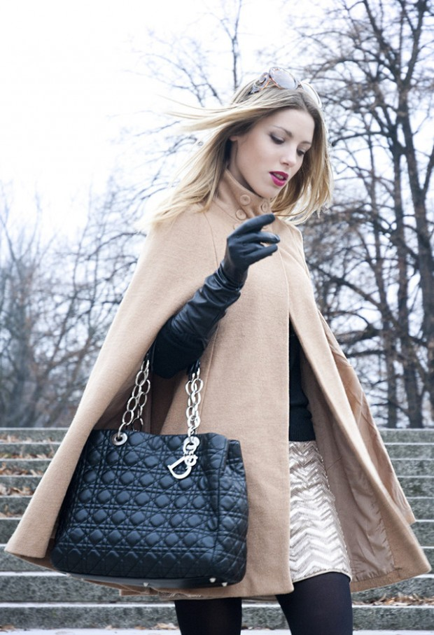 17 Amazing Outfit Ideas with Capes and Ponchos  (1)