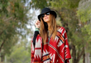 17 Ideas with Capes and Ponchos for Trendy Chic Look - poncho, Outfit ideas, capes