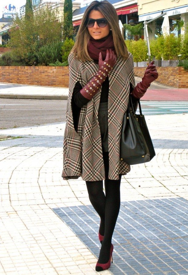 17 Amazing Outfit Ideas with Capes and Ponchos  (6)