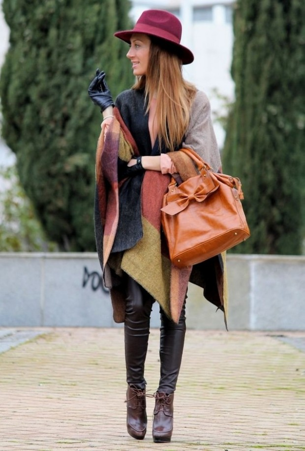 17 Amazing Outfit Ideas with Capes and Ponchos  (9)