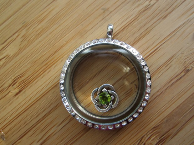 17 Lovely Handmade Jewelry Pieces for St. Patrick's Day (1)