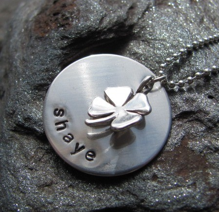 17 Lovely Handmade Jewelry Pieces for St. Patrick's Day (12)