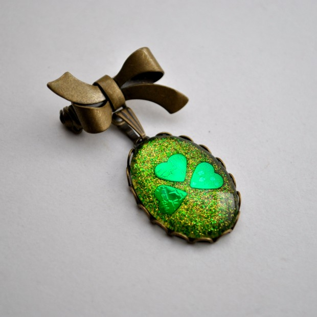 17 Lovely Handmade Jewelry Pieces for St. Patrick's Day (14)