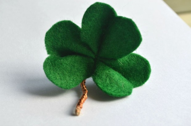 17 Lovely Handmade Jewelry Pieces for St. Patrick's Day (7)