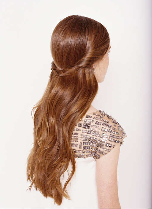 18 Easy Tutorials and Helpful Tips for Perfect Hairstyles (8)