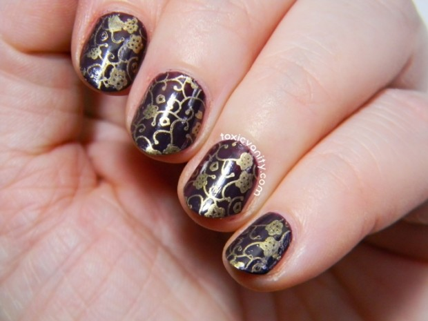 18 Gorgeous Vintage Inspired Nail Art Ideas